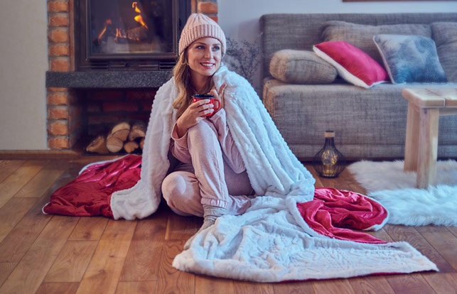 Set din perna si patura Dormeo Warm Hug 2020